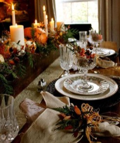 Amazing Thanksgiving Tablescapes Ideas For More Taste And Enjoyful19