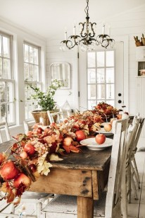 Amazing Thanksgiving Tablescapes Ideas For More Taste And Enjoyful31