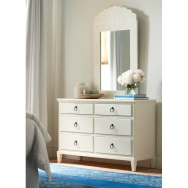 Attractive Bedroom Dressers Ideas With Mirrors To Try This Year08