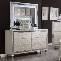 Attractive Bedroom Dressers Ideas With Mirrors To Try This Year10