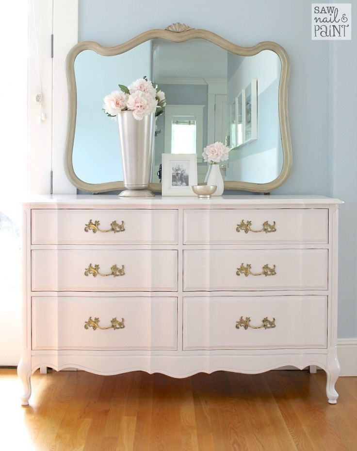 Attractive Bedroom Dressers Ideas With Mirrors To Try This Year17