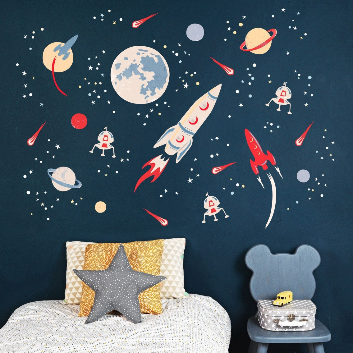 Awesome Kids Bedroom Wall Decorations Ideas That Will Make Fun Your Kids Room35
