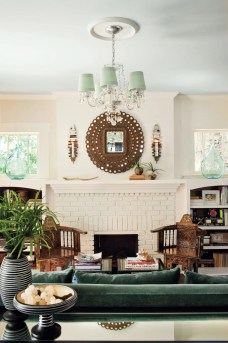 Awesome Winter Home Decoration Design Ideas With Unique Fireplace09