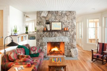 Awesome Winter Home Decoration Design Ideas With Unique Fireplace21
