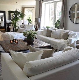 Impressive Family Room Designs Ideas That Looks So Cute04