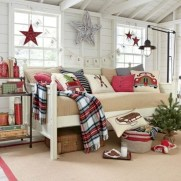 Latest Christmas Bedroom Decor Ideas For Kids To Try10