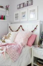 Latest Christmas Bedroom Decor Ideas For Kids To Try26