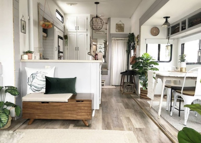 Modern Rv Living Organization Ideas That You Must Try Now36