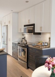 Popular Kitchen Cabinet Designs Ideas That You Need To Know10