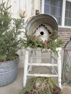 Trendy Outdoor Christmas Decorations To Copy Right Now05