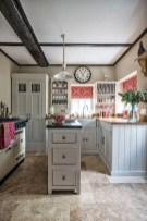 Wonderful French Country Kitchen Design Ideas For Small Space08