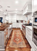 Wonderful French Country Kitchen Design Ideas For Small Space14