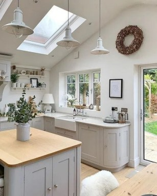 Wonderful French Country Kitchen Design Ideas For Small Space33