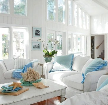 Pretty Coastal Living Room Decor Ideas That Looks Awesome07