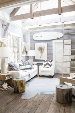 Pretty Coastal Living Room Decor Ideas That Looks Awesome18