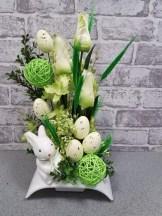 Stylish Easter Flower Arrangement Ideas That You Will Love01