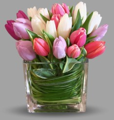 Stylish Easter Flower Arrangement Ideas That You Will Love21