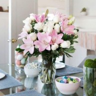 Stylish Easter Flower Arrangement Ideas That You Will Love25