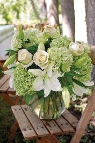 Stylish Easter Flower Arrangement Ideas That You Will Love27