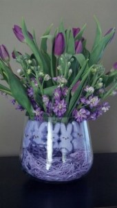 Stylish Easter Flower Arrangement Ideas That You Will Love32