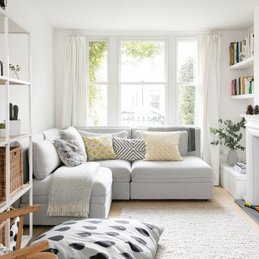 Wonderful Small Living Room Decoration Ideas To Try Asap15