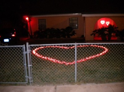 Wonderful String Lights Ideas For Valentine Days That Will Amaze You12