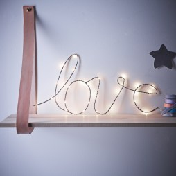 Wonderful String Lights Ideas For Valentine Days That Will Amaze You17