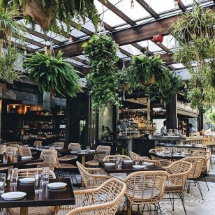 Brilliant Restaurant Design Ideas That Will Make Your Customers Cozy23