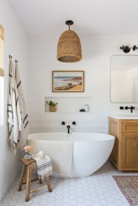 Casual Master Bathrooms Design Ideas That Connected To Nature34