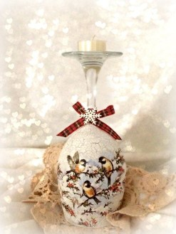 Delightful Winter Decoration Ideas With Items That You Must Have At Home25