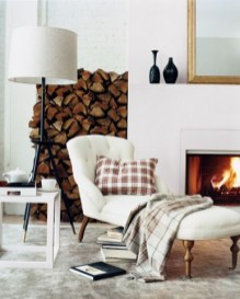 Spectacular Winter Décor Ideas With Textiles That You Need To Try09