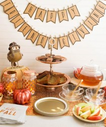Unusual Friendsgiving Decor Ideas For Holiday Celebrating To Try01
