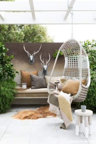 Extraordinary Poolside Nooks Design Ideas To Try For Your Relaxing27