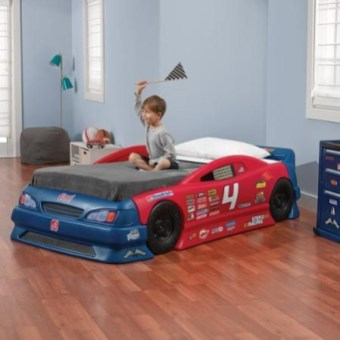 Luxury Kids Bedroom Design Ideas With Car Shaped Beds03