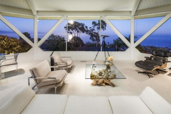 Splendid Glass House Design Ideas With 360 Degree View Of The Mountain10