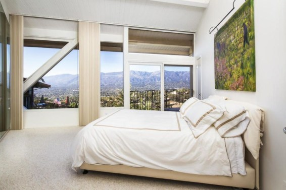 Splendid Glass House Design Ideas With 360 Degree View Of The Mountain11