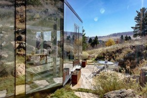 Splendid Glass House Design Ideas With 360 Degree View Of The Mountain20