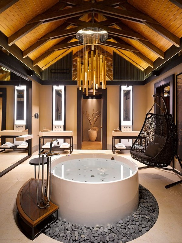 Unordinary Bathtubs Design Ideas For Two To Try Asap38