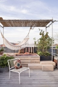 Adorable Rooftop Gardens Design Ideas That Looks Awesome02