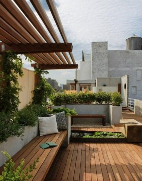 Adorable Rooftop Gardens Design Ideas That Looks Awesome08