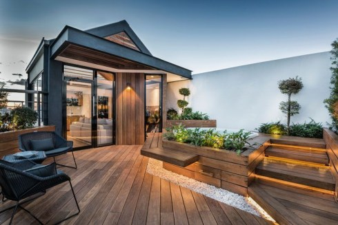 Adorable Rooftop Gardens Design Ideas That Looks Awesome26