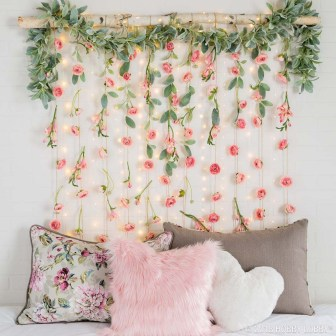Awesome Diy Hanging Decoration Ideas For Bedroom That You Must Try05