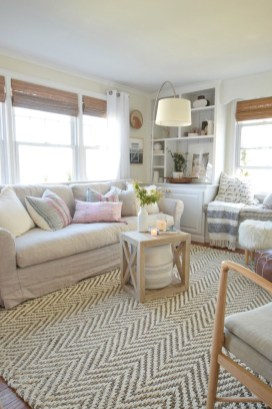 Best Pastel Living Rooms Design Ideas With Small Space To Have18