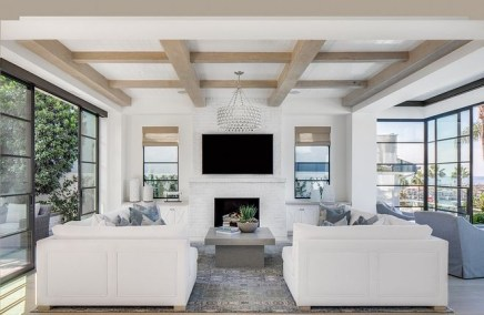 Brilliant Living Room Wood Ceiling Design Ideas That You Should Try13