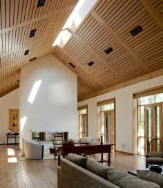 Brilliant Living Room Wood Ceiling Design Ideas That You Should Try18