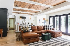 Brilliant Living Room Wood Ceiling Design Ideas That You Should Try20