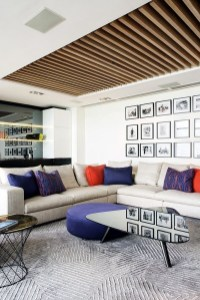 Brilliant Living Room Wood Ceiling Design Ideas That You Should Try26