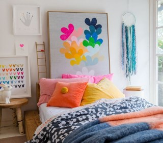 Captivating Colorful Bedroom Design Ideas That Looks So Lovely13