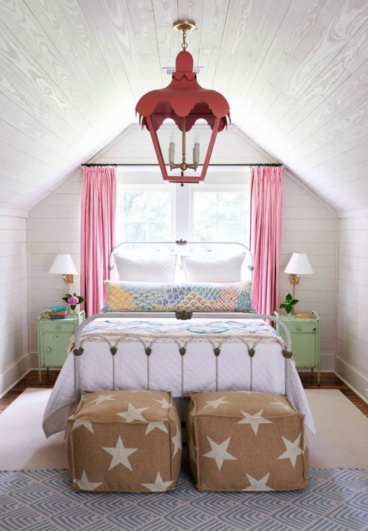 Captivating Colorful Bedroom Design Ideas That Looks So Lovely28