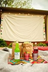 Chic Outdoor Home Theaters Design Ideas To Have Asap12